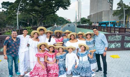 Los músicos del énfasis de promotores culturales de Incolballet, invitados al Boulevard del Río